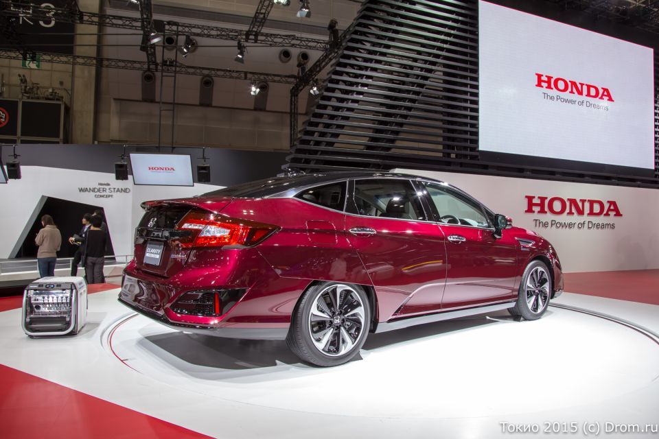 Honda Clarity, водородомобиль с электрическим мотором