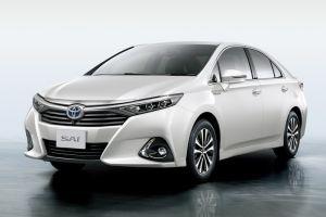 Toyota SAI с 99% защитой от ультрафиолета и самовосстанавливающимся покрытием кузова