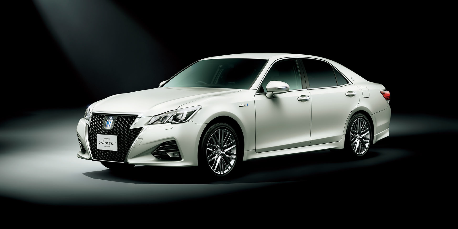 Toyota Crown athlete 2015 #11