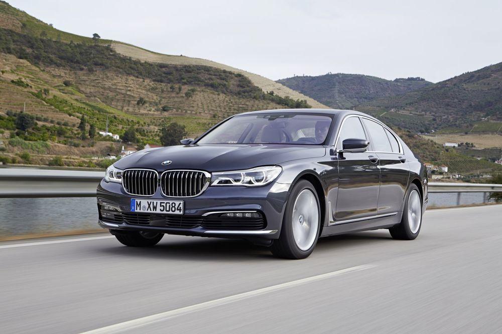 Как же будет выглядеть новинка BMW 7-Series
