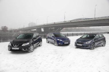 Сравнительный тест-драйв NissanTiida, FordFocus и KIAcee'd. Невидимки