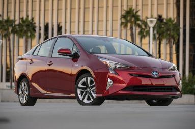 Тест-драйв Toyota Prius. Динамика на новый лад