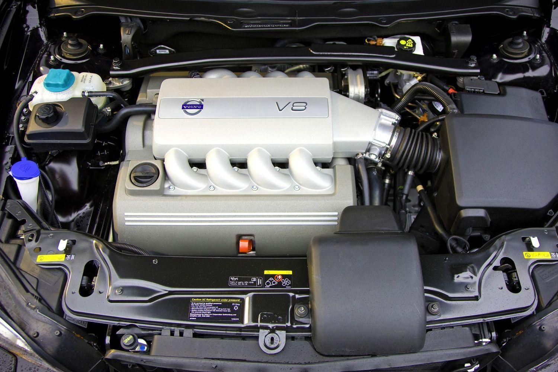 самый надежный двигатель вольво хс70