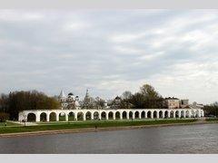 Древний торг (аркада Гостиного Двора) (Архитектура)