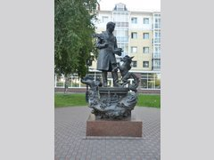 Сказочник Ершов со своими героями (Скульптура)