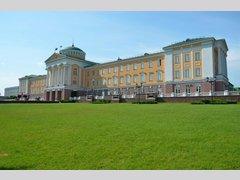Президентский дворец Ижевск